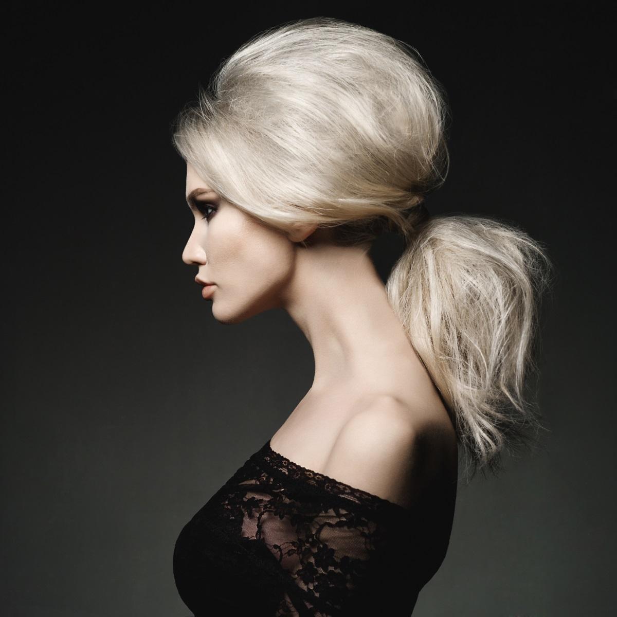 מראה שיער מנופח ללא תוספות שיער