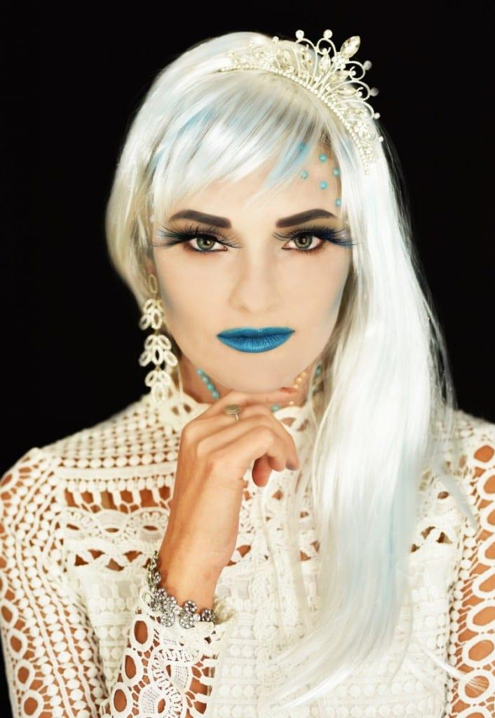 המלכה הלבנה – המראה הסופי