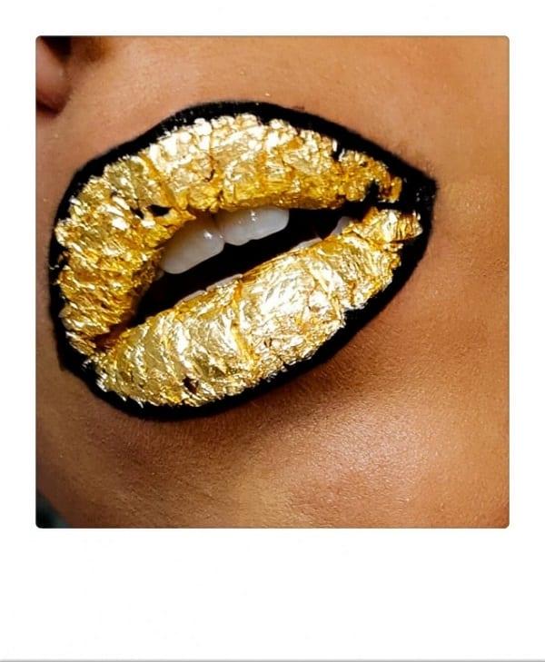 תיחום שפתיים