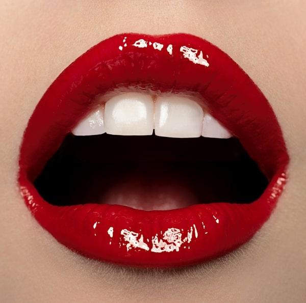 איפור שפתיים מושלם