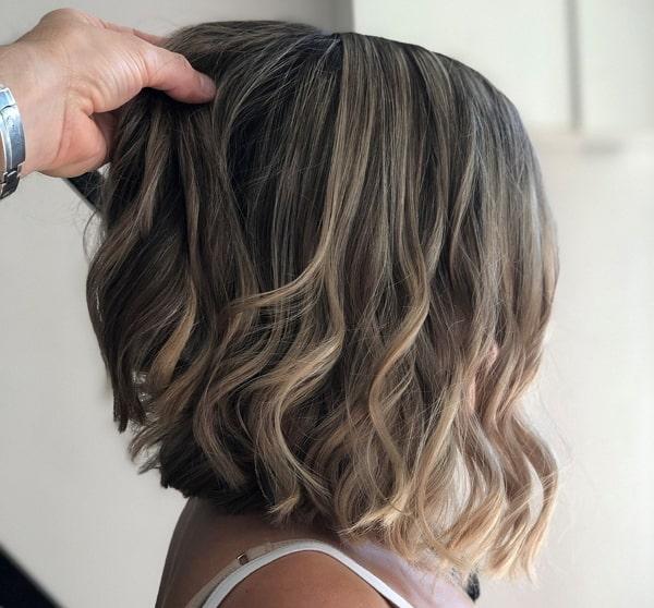 תספורת נשים שיער קצר