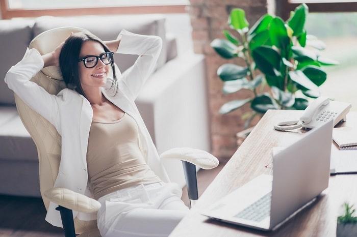 עבודה עצמאית במשרד וגם בבית